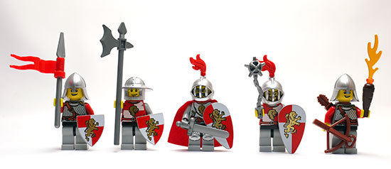 LEGO-852921-Kingdoms-Mini-Figure並べた1.jpg